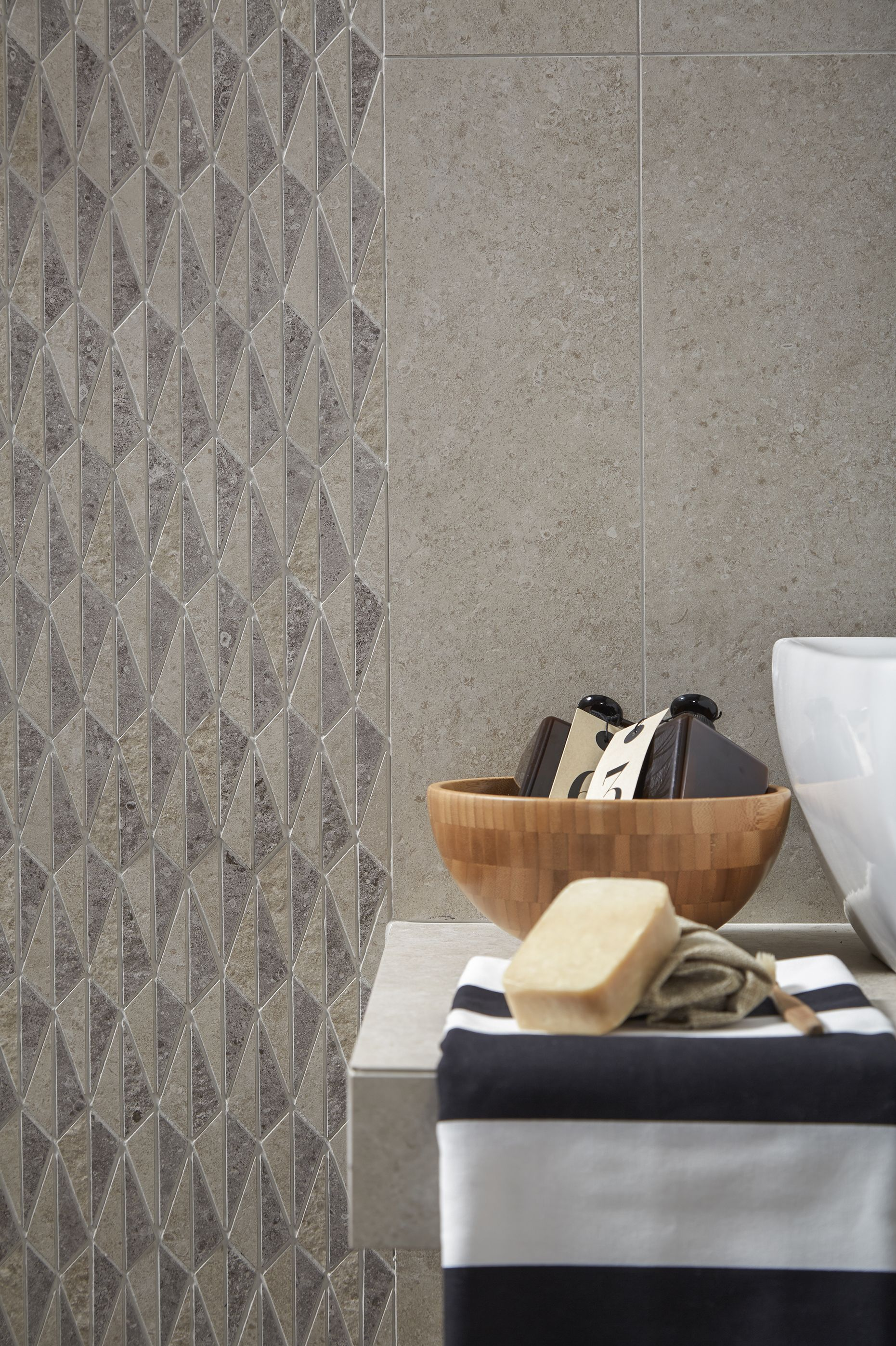 Feruni Decor Tiles Are Designed To Stimulate Any Plain And Monotonous Wall Or Floor By Adding Interest And Flavour In Any R Tiles Stone Collection Stone Design