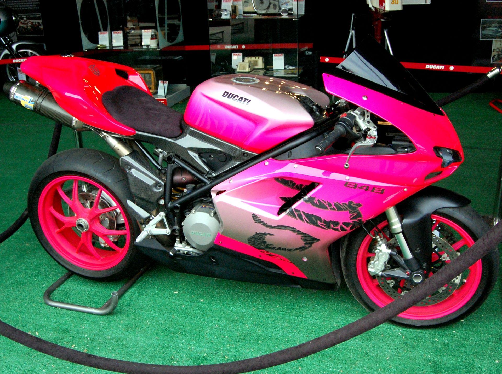 Pink And White Motorcycle | ... Pink Kawasaki Motorlar Pembe Kawasaki Pink Moto  Motor