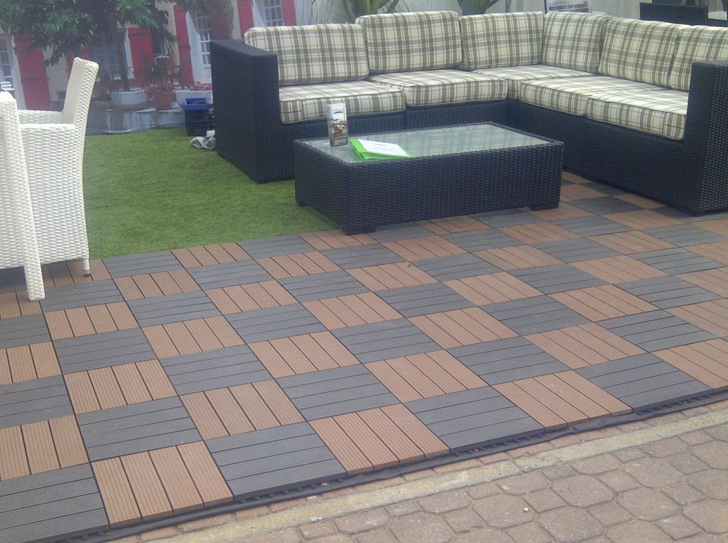Best Diy Patio Inclisures For Below A Deck Best Floor Tiles Leading