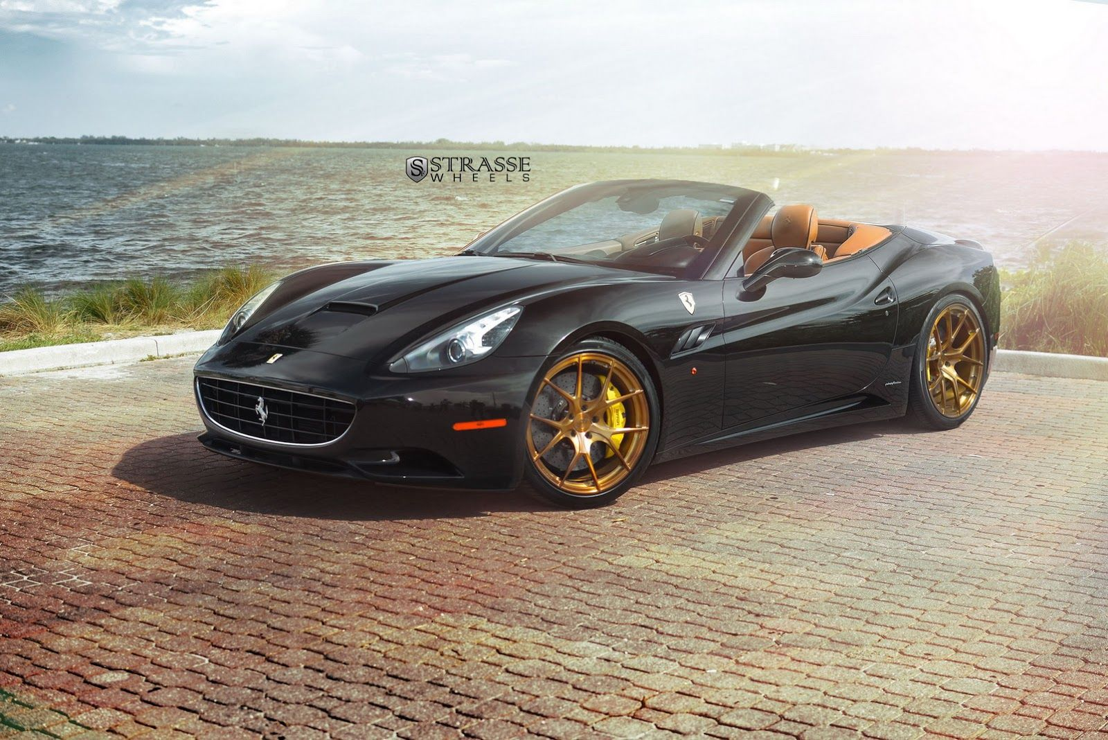 Black Ferrari California Matches Up With Gloss Bronze Wheels Carscoops Ferrari California Bronze Wheels Ferrari