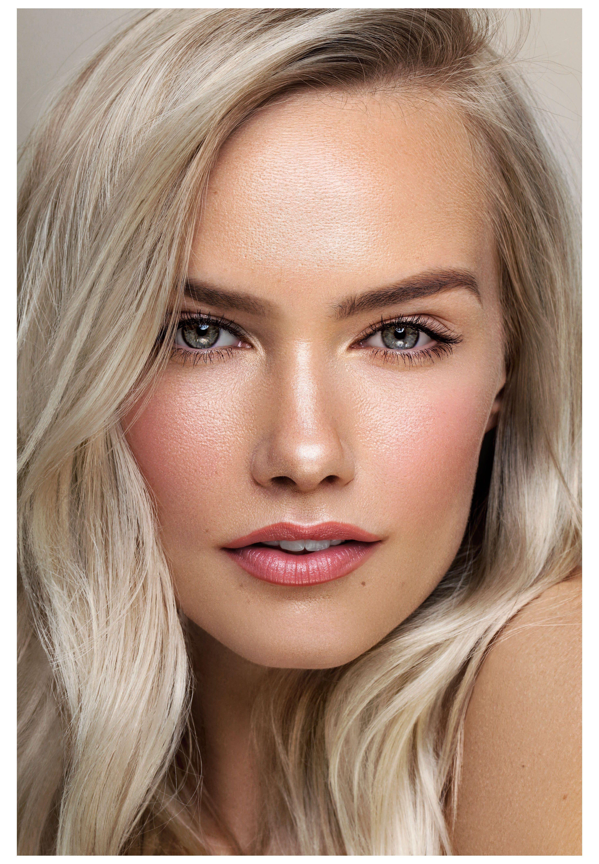 Natural Clean Makeup Platinum Blonde Hair Pale Skin Blue In 2020 Pale Skin Makeup Natural Makeup For Blondes Platinum Blonde Hair