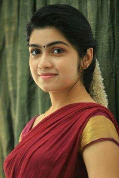 Malayalam Actress Manasa Radhakrishnan Photo Gallery