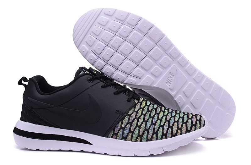 buy online f9e4f 37b04 httpswww.sportskorbilligt.se 1479  Nike Roshe One Hyp