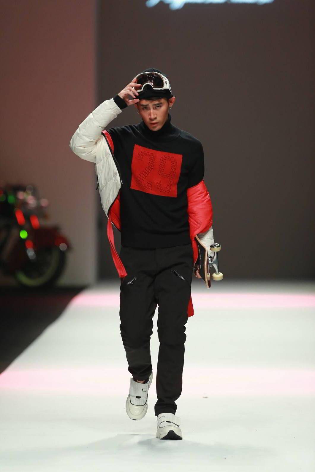 JDV Fall/Winter 2016 - Shanghai Fashion Week