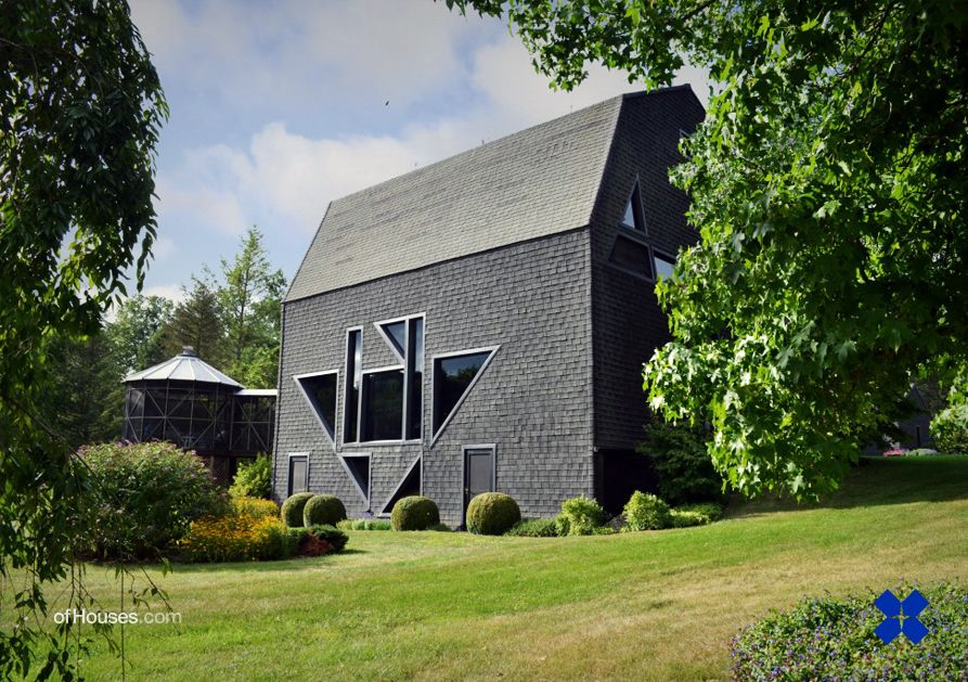 Stanley Tigerman Black Barn Frog Hollow Michigan 1973 1974 Unusual Homes Barn Conversion House