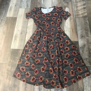 050275497cd5a LuLaRoe Dresses & Skirts - Sunflower Amelia dress | Sunflower ...