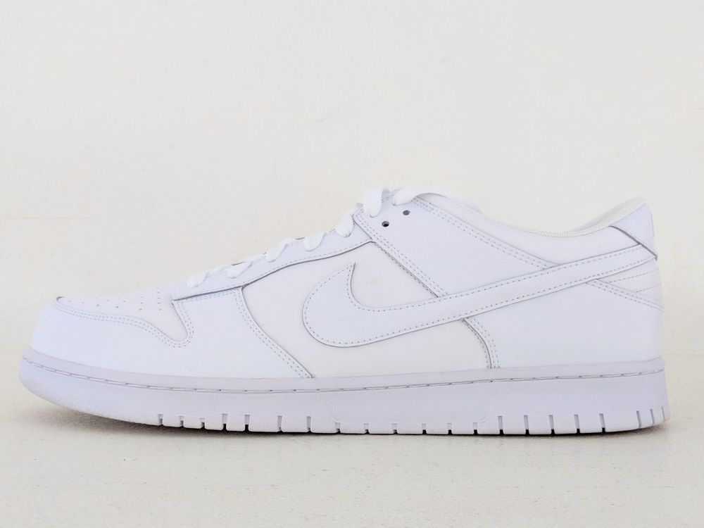 nike dunk low essential trainers in white