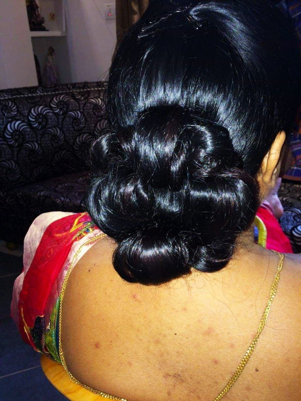 Pin By Tanha Tasmia On Hair Bun Hairstyles For Long Hair Bun Hairstyles Big Bun Hair