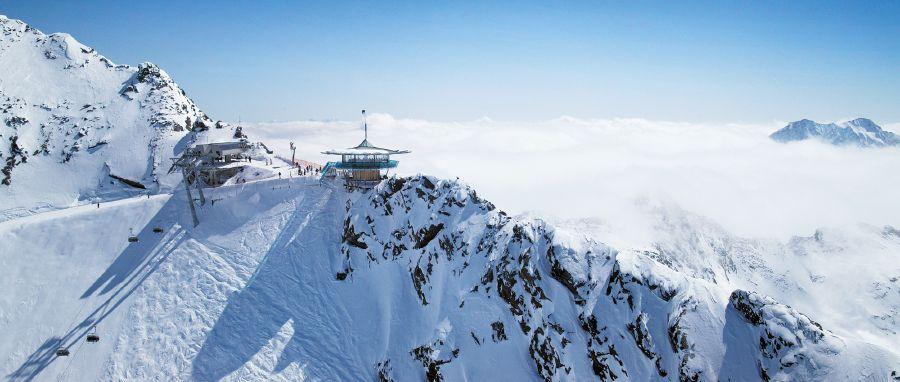 Situado en el valle de Oetztal, este restaurante tiene una vista de 360 grados de las laderas circundantes. Es una atracción favorita para los esquiadores y no esquiadores por igual. Top Mountain Star. Austria.