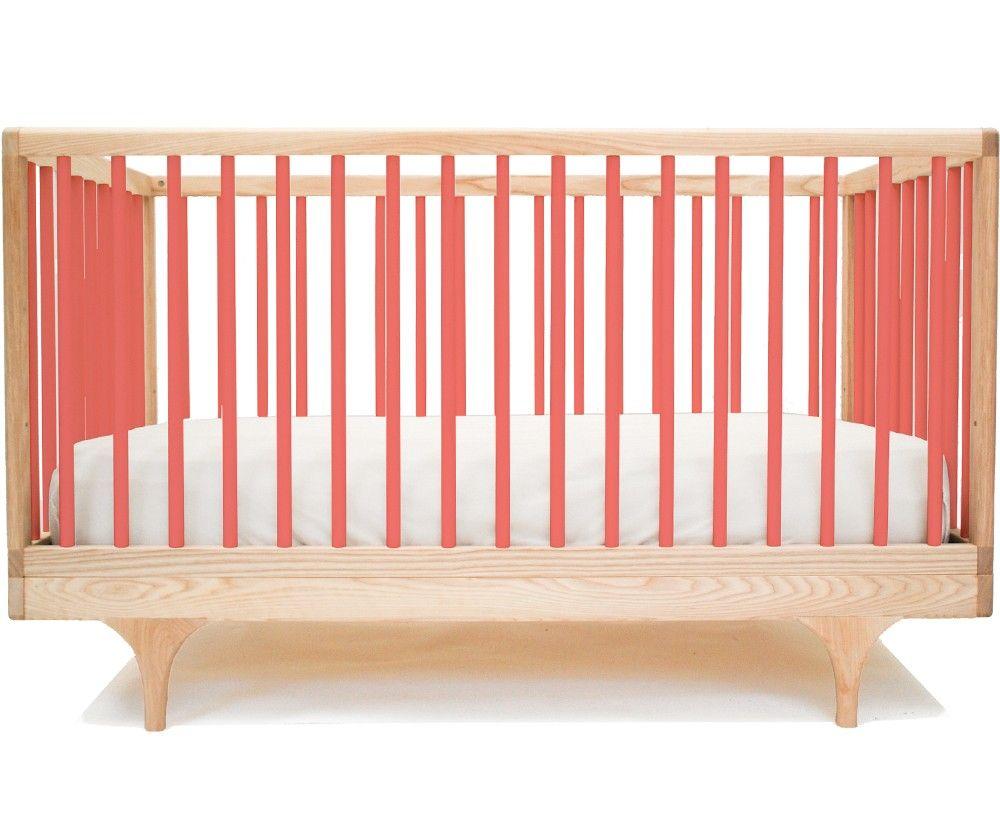 Kalon Studios Caravan Crib Babybett 70x140 cm Ahorn/Pink | Kinderzimmer