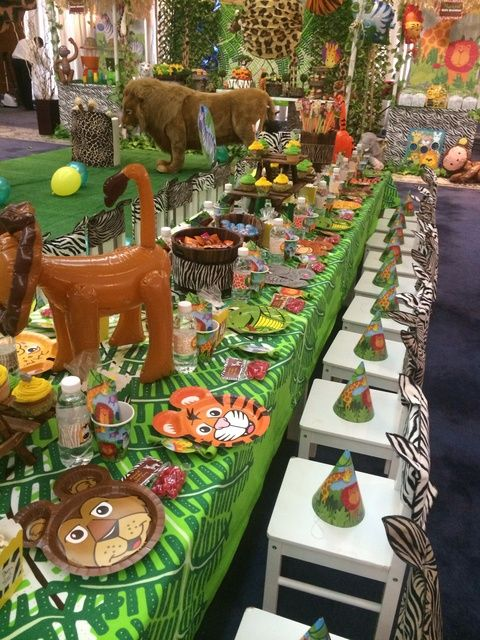 Jungle safari birthday party ideas safari birthday party for Animals decoration