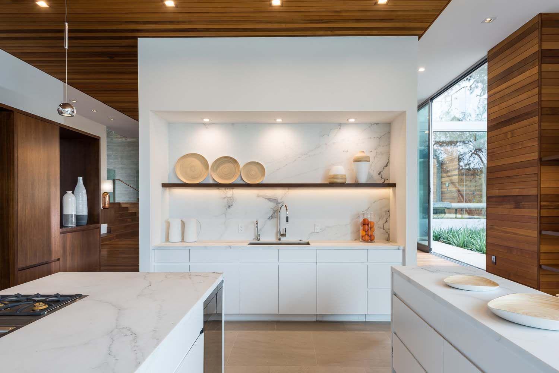 Dekadentes Von Der Natur Inspiriertes Haus In Den Pacific Palisades Kucheneinrichtung Inspirierende Hauser Kuchendekoration
