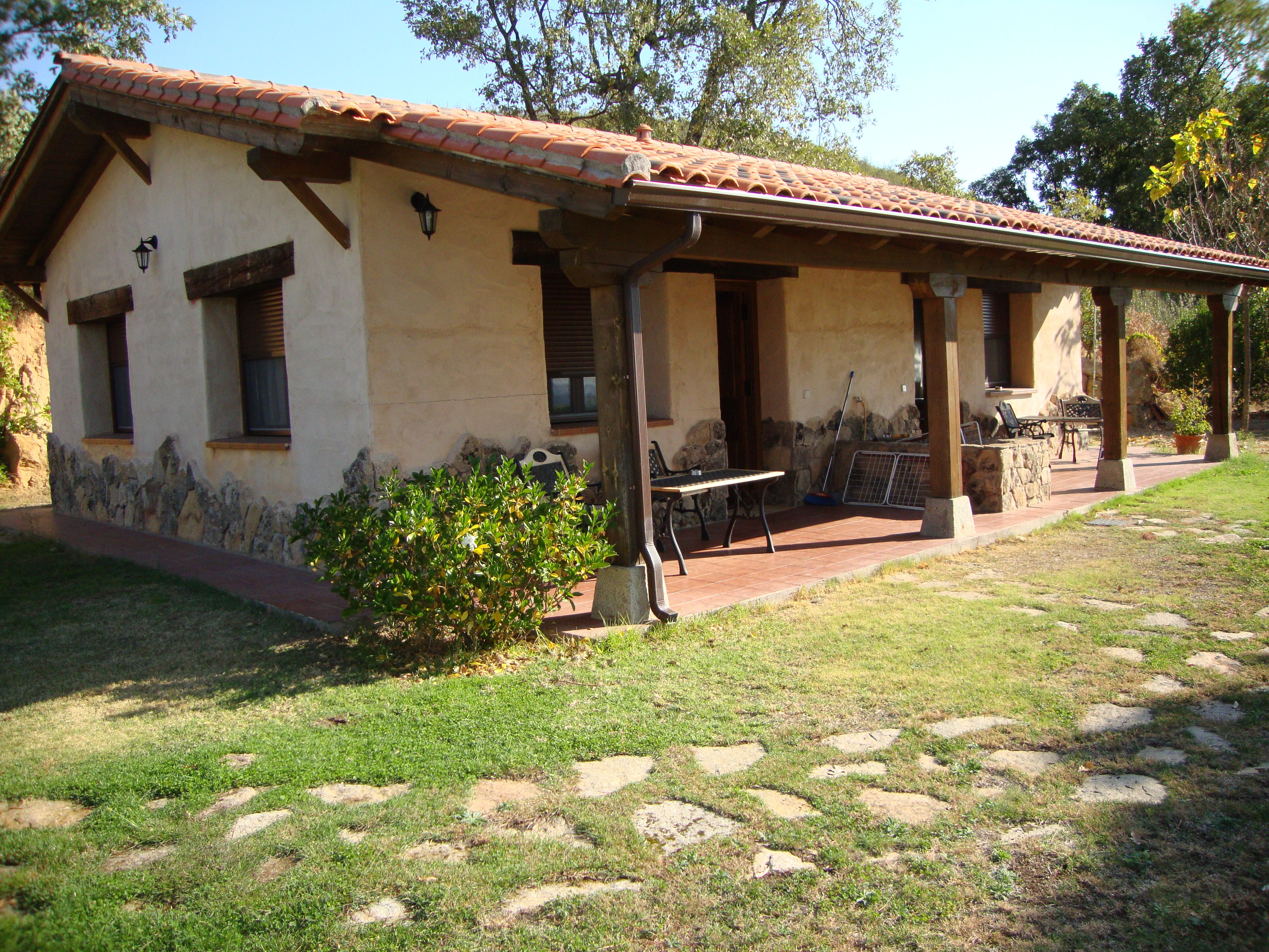 Patios gardens seating casas de campo pinterest de - Casas rurales prefabricadas ...