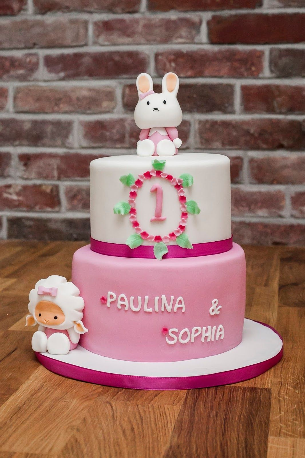 Feines Handwerk Torte Zum 1 Geburtstag Zwillings Torte Miffy