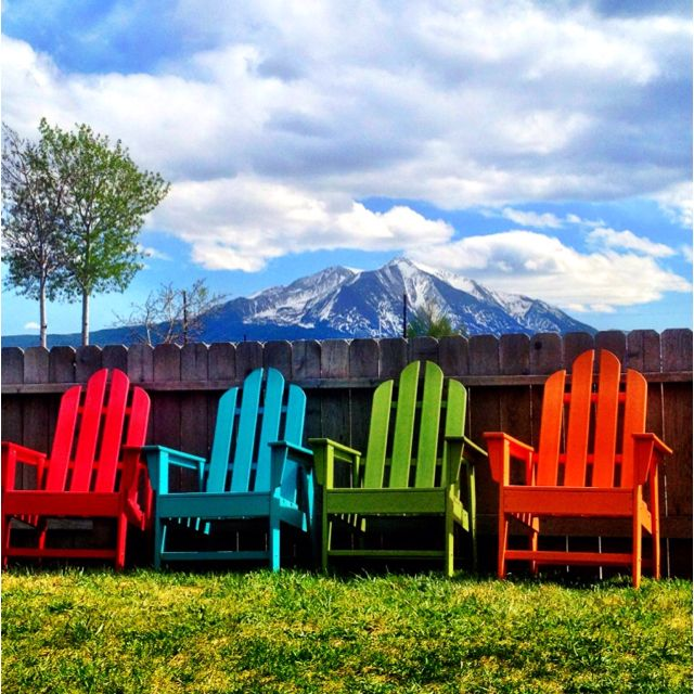 I Love Bright Colored Outdoor Furniture Want To Paint My Plain Wooden Table One Of These Colors