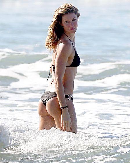 a4a616a4704be Gisele Bundchen showed off her enviable bikini body in a skimpy black  two-piece in Costa Rica.