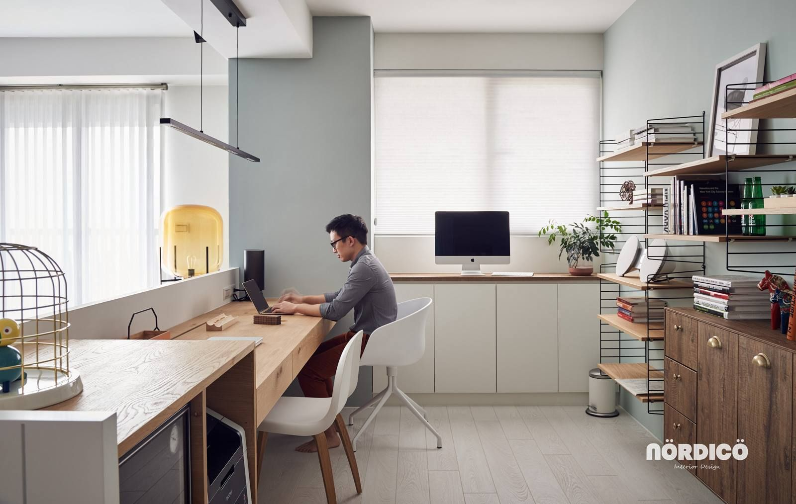 Nordic Decor Inspiration In Two Colorful Homes Home Office Design Modern Home Office Modern Home Offices