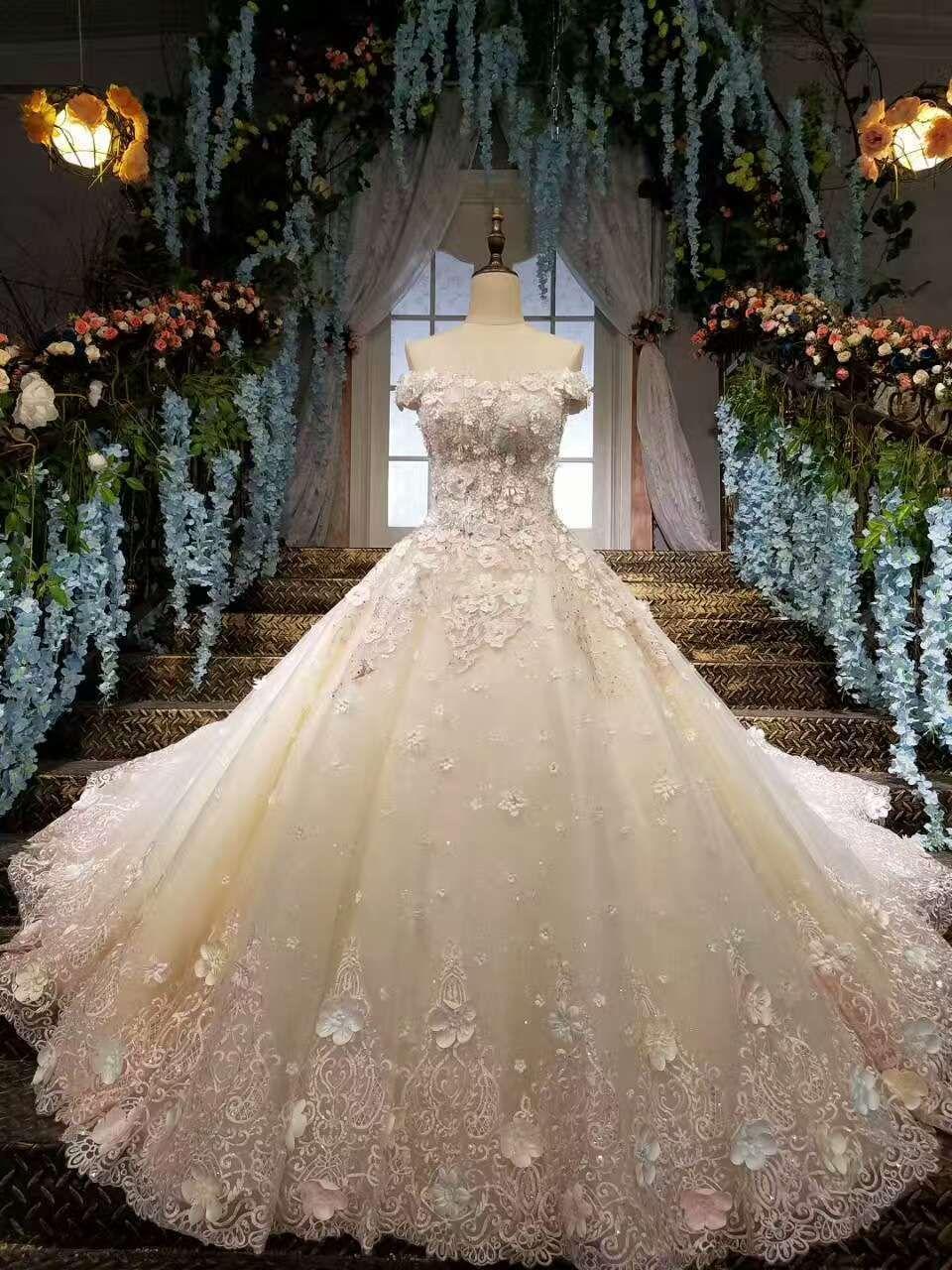 Photo of 2019 Wunderschöne Brautkleider schnüren sich von der Schulter mit Applikationen und handgemachten Blumen € 386.49 SAP8G4PRKN – SchickeAbendKleider.de