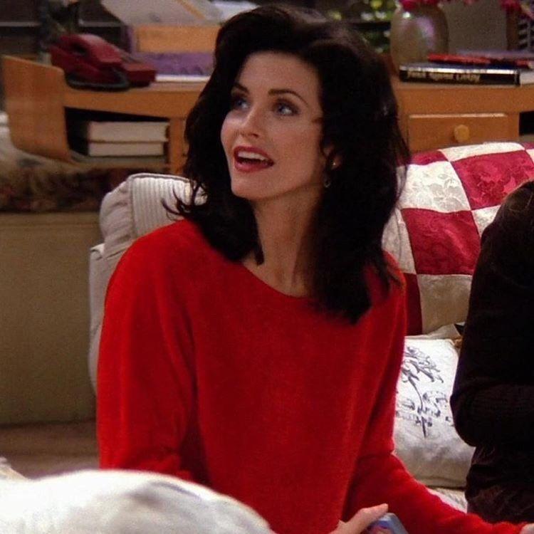 𝚋𝚎𝚕𝚕𝚊 on Twitter | Monica geller, Friends fashion, Monica friends
