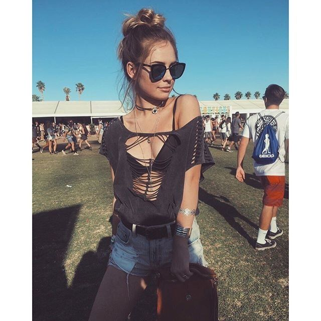 The 34 Sexiest Outfits From Coachella  - Cosmopolitan.com