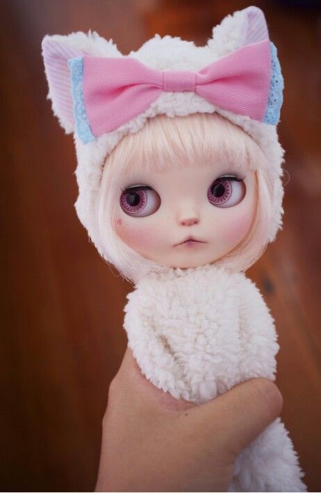 White Rabbit in disguise as Blythe