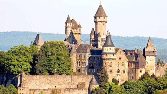 Schlösser in Hessen (mit Bildern)   Schloss braunfels
