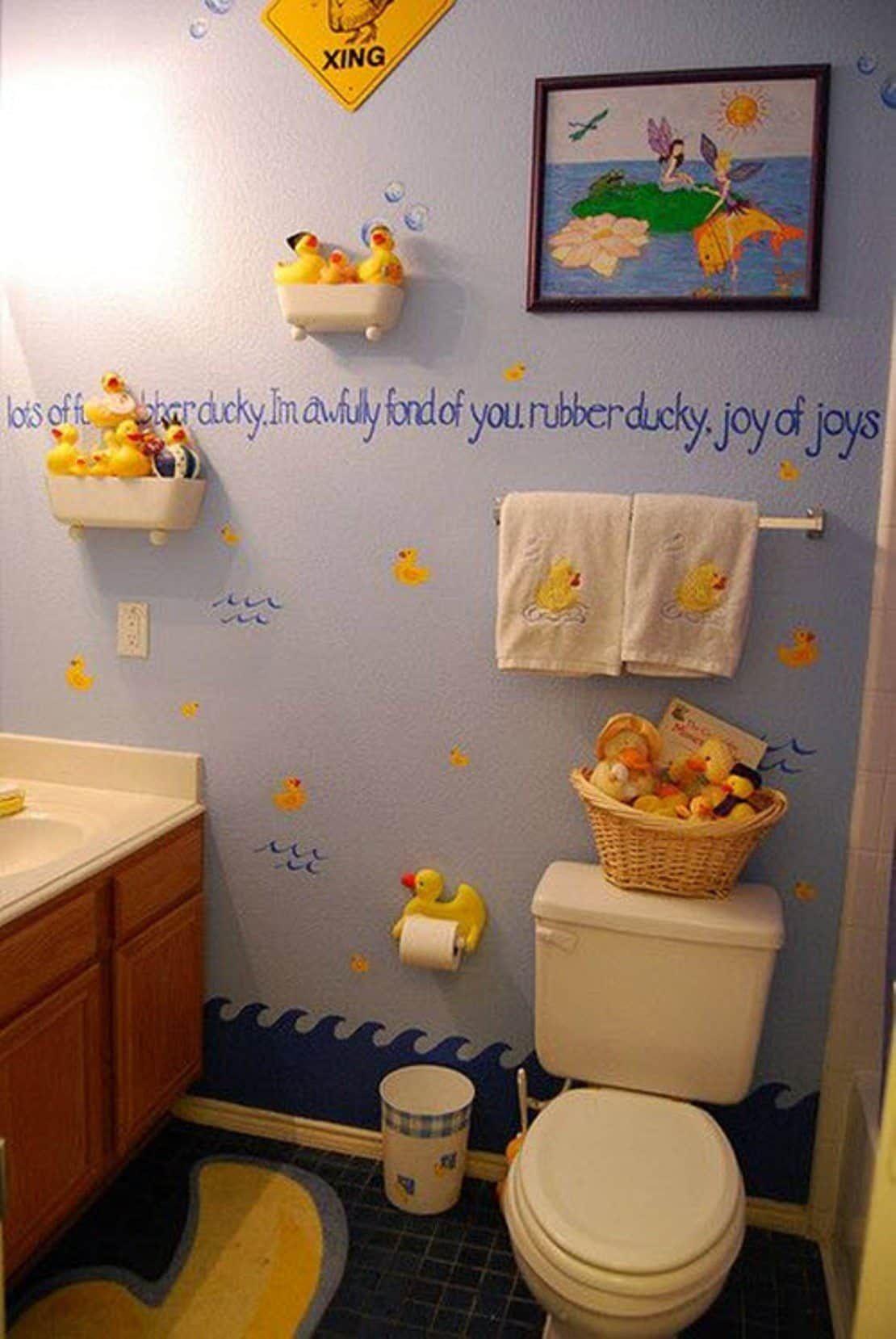 fun and cute rubber duck bathroom decor | kids bathroom