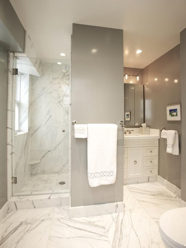 20 Luxurious Bathroom Makeovers From Our Stars White