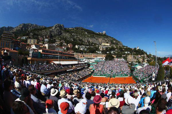 Roger Federer Photos - ATP World Tour 250 MercedesCup - Zimbio