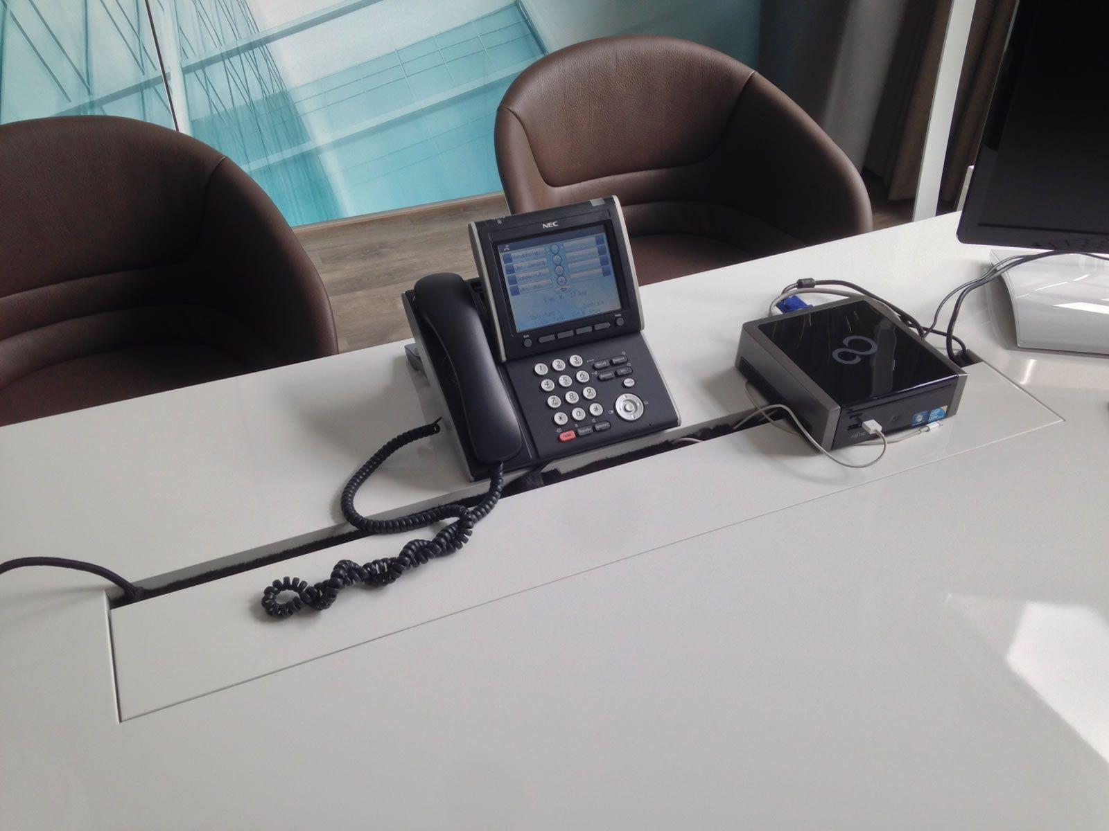 Schreibtisch büro modern  Büro-Schreibtisch PRAEFECTUS preis ▭ modern Büro-schreibtische ...