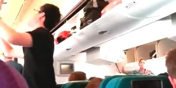 Video : La cabina del avión de Malaysia poco antes de ataque