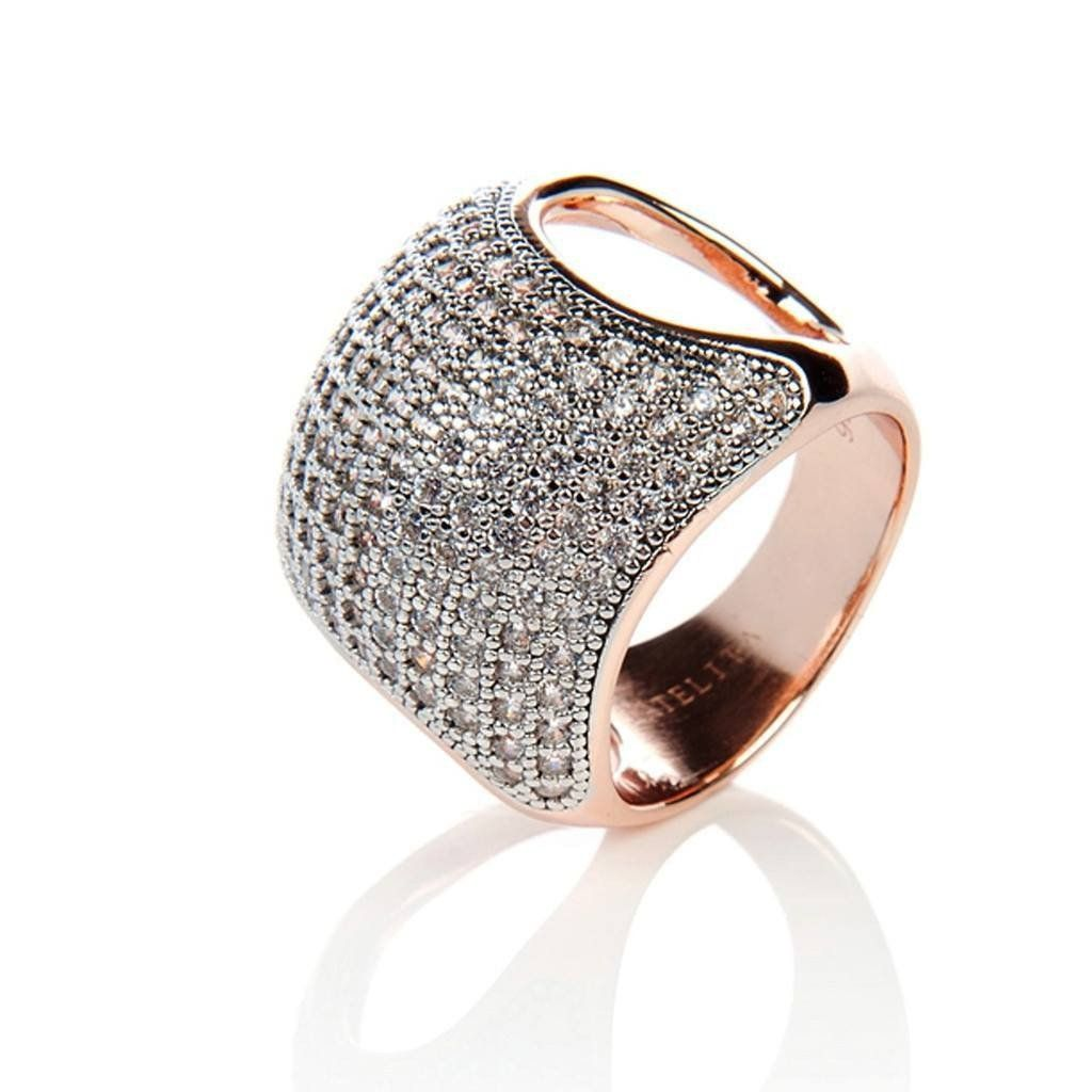 This stunning cushion ring in 22ct rose gold plated vermeil on sterling silver is set with multiple micro pave white zircons.