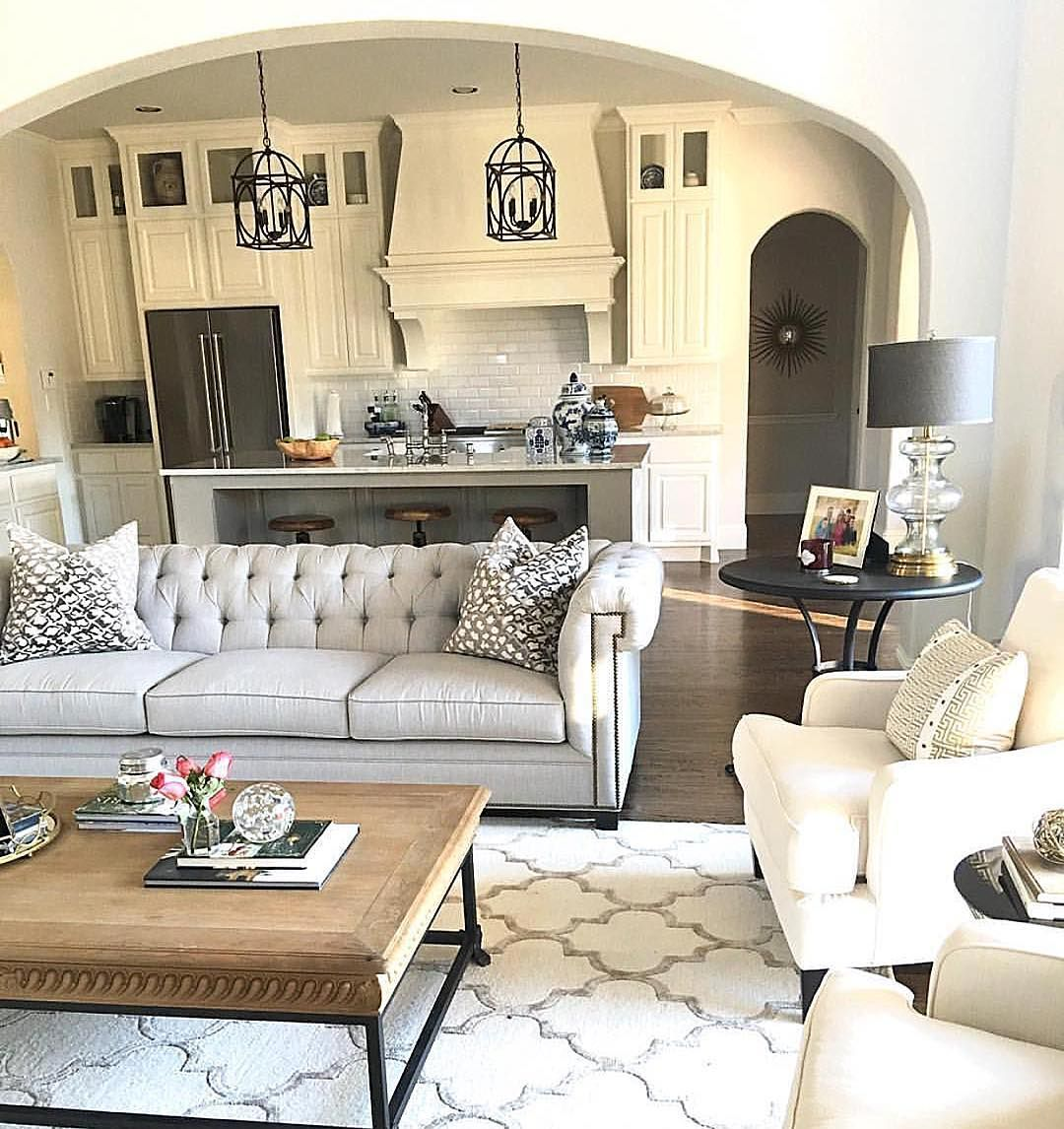 How lucky is @classicstylehome to call this home?! "