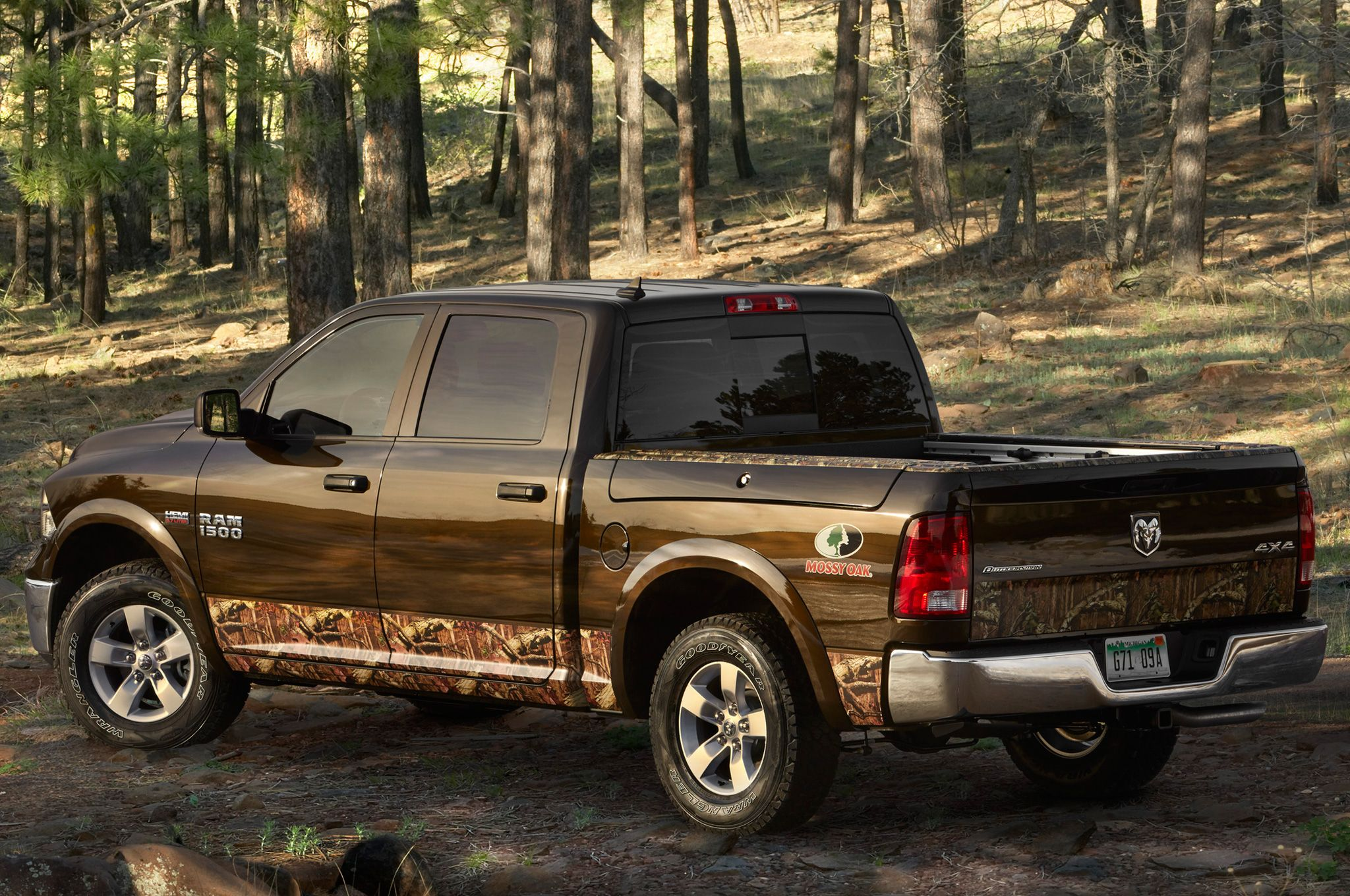 2014 ram 1500 mossy oak edition returns to ram lineup