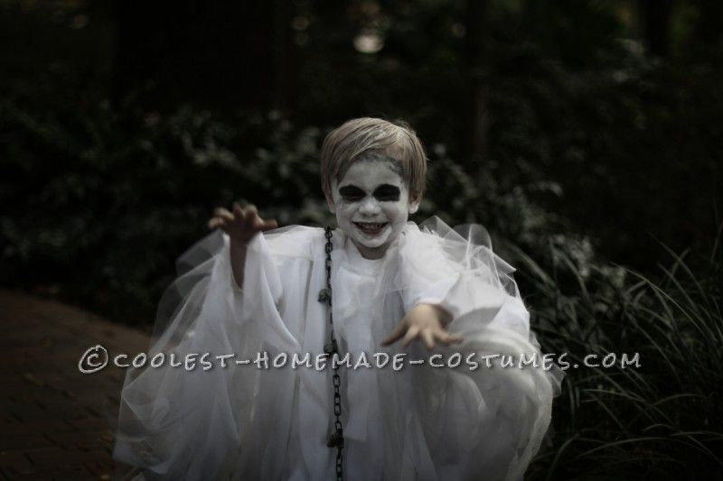 Spooky Ghost Halloween Costume for a Toddler Ghost halloween - halloween ghost costume ideas