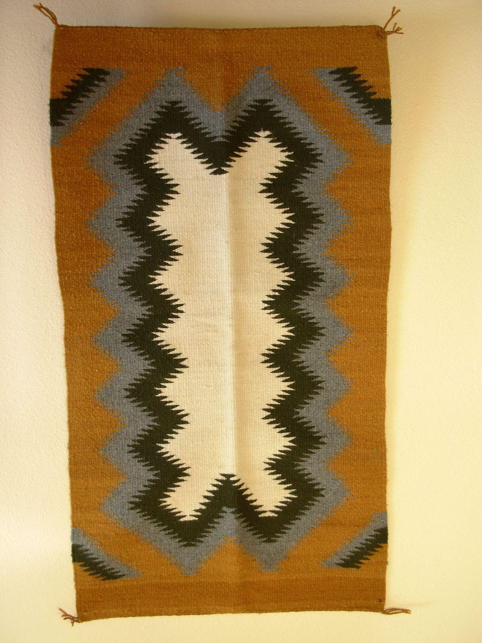 Vintage Navajo Rug Design Navajo Rugs Rugs Native