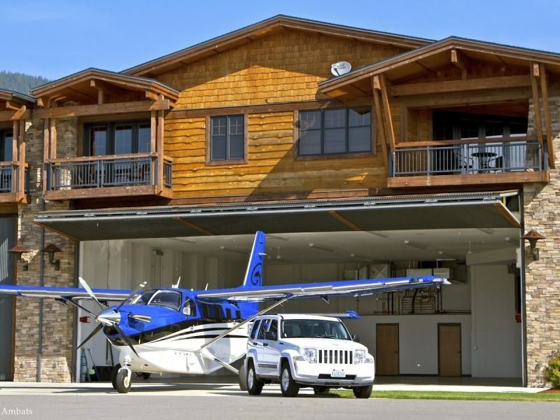 Hangar homes so cool little things to see pinterest for Aircraft hangar home designs