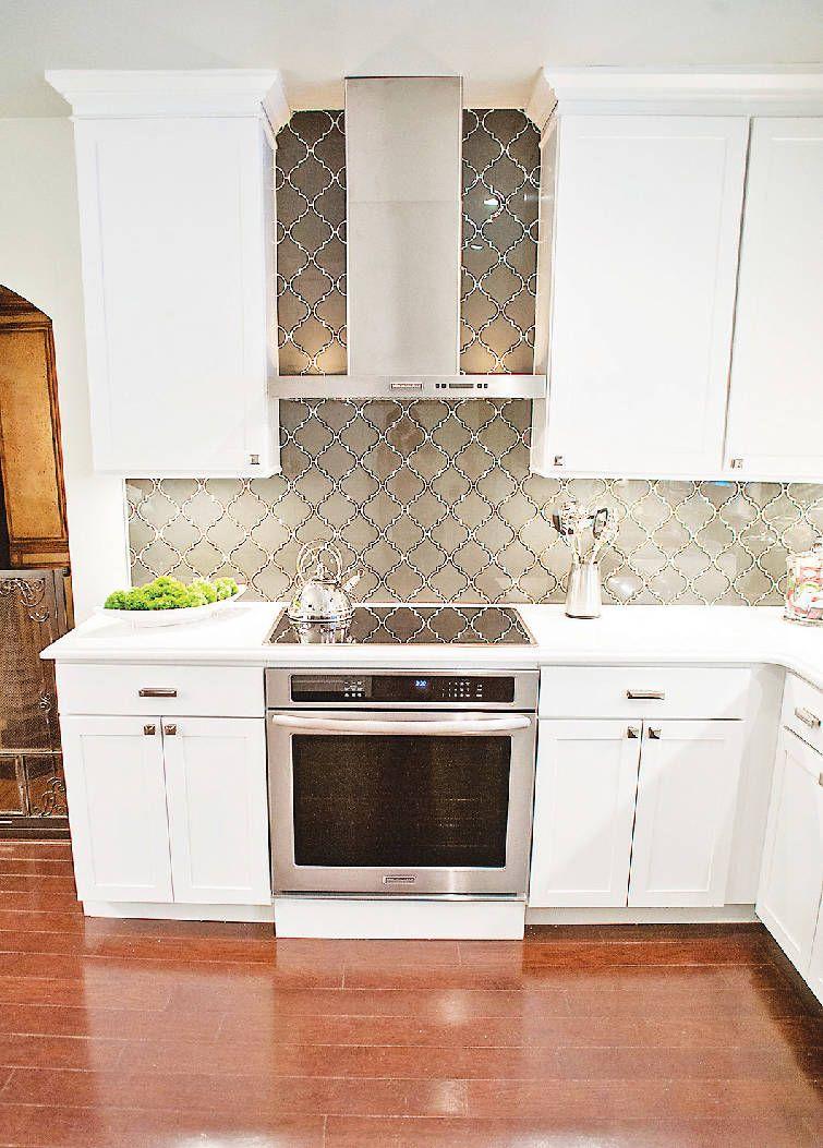 Traditional With A Twist A Kitchen Update That Retains A Bungalow S 1920s Charm While Add Kitchen Tiles Backsplash Kitchen Backsplash Designs Kitchen Tiles