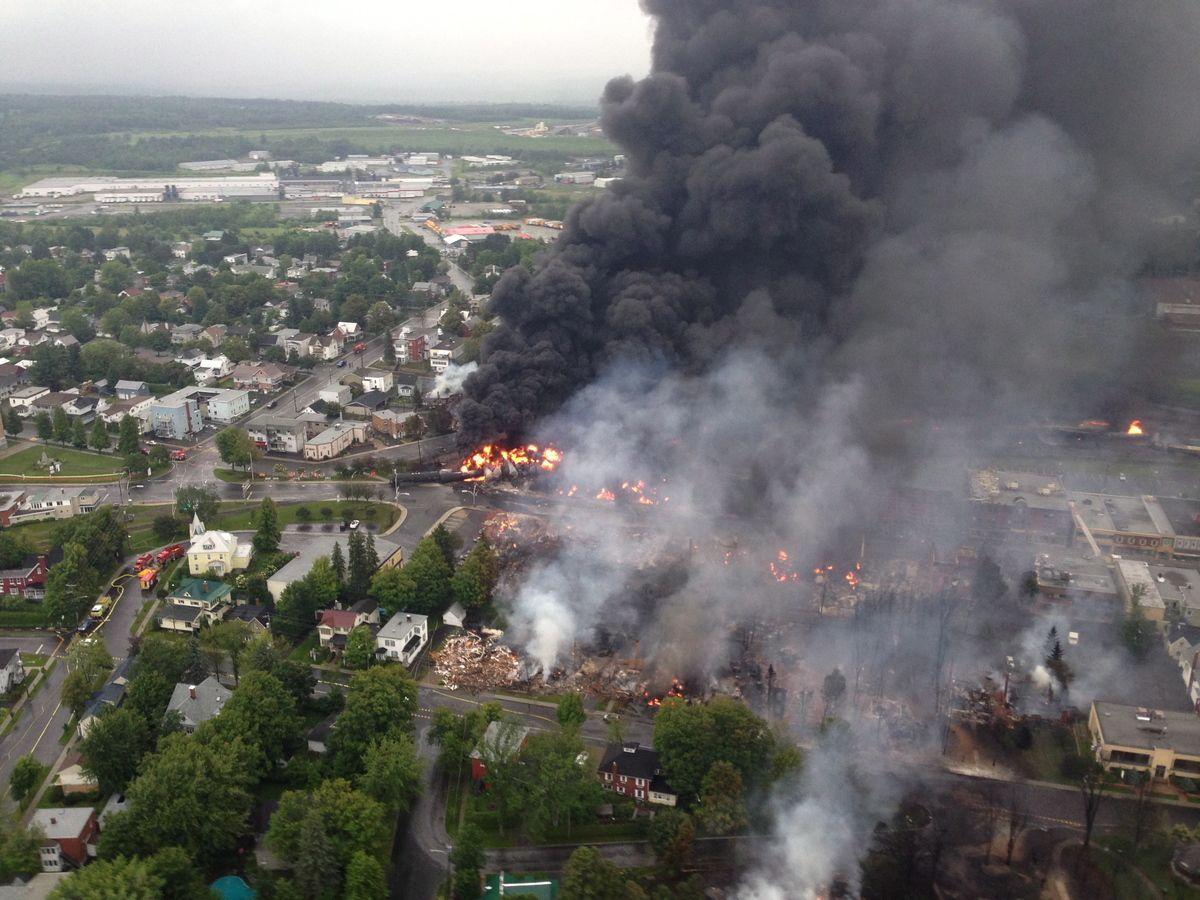 Explosion d'un train � Lac-M�gantic