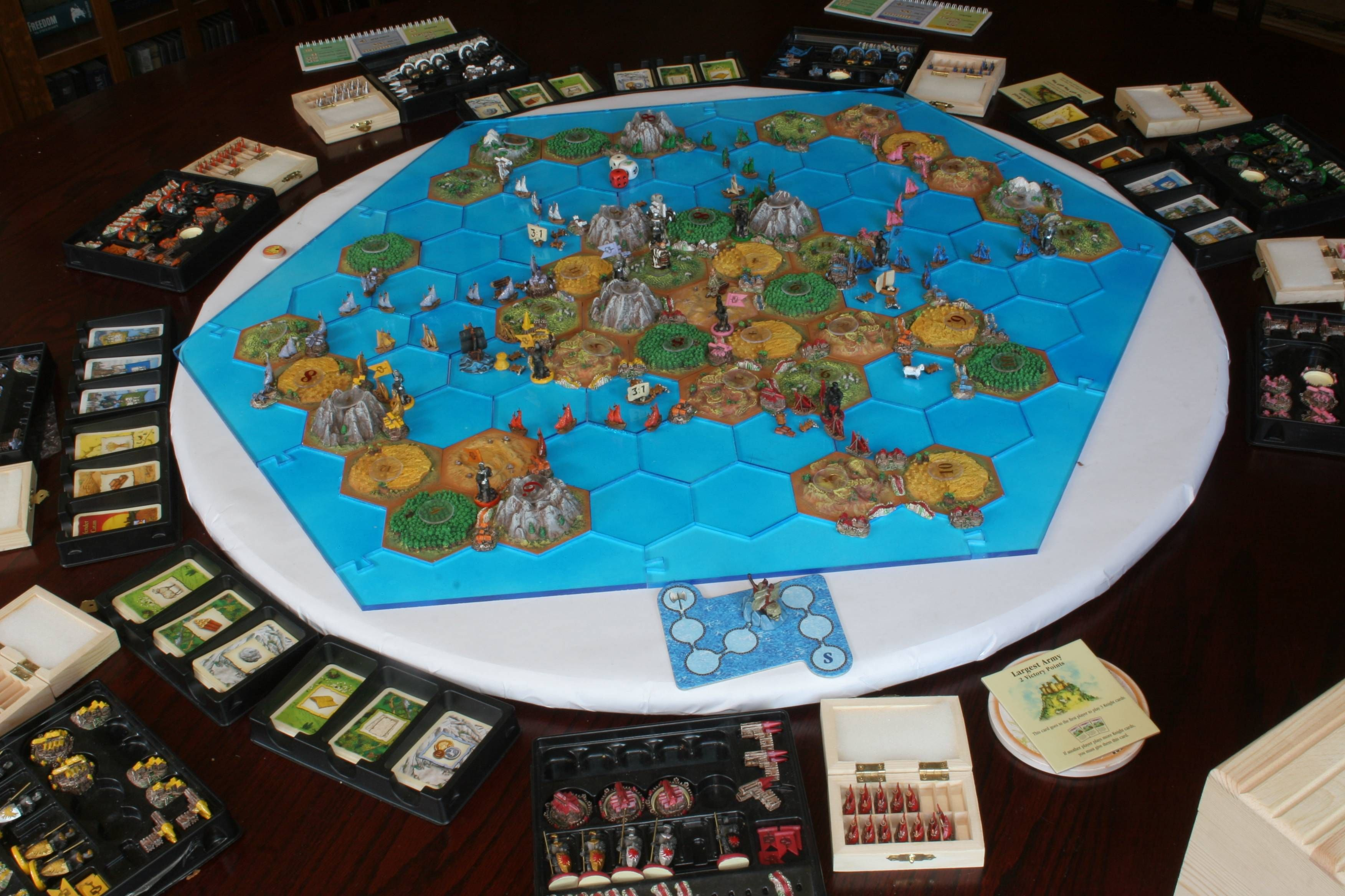Setters of Catan Expansion Catan, The expanse, Poker table