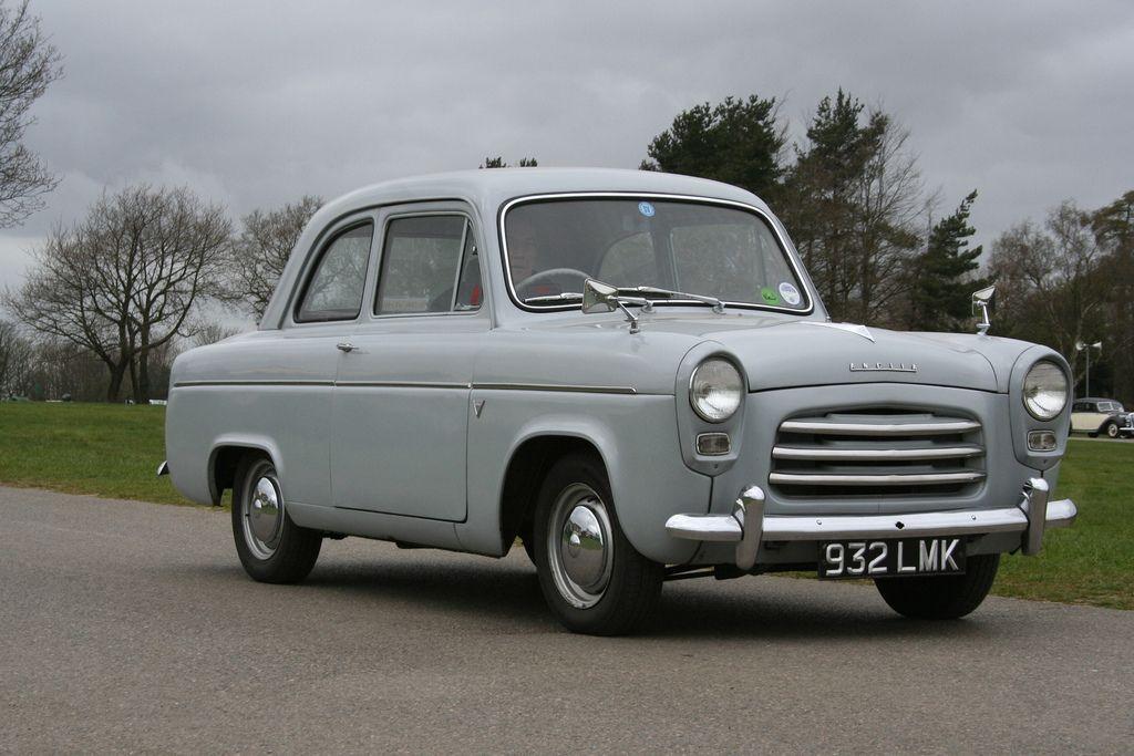 1957 Ford Anglia 100E (Grey)   Ретро автомобили   Classic cars