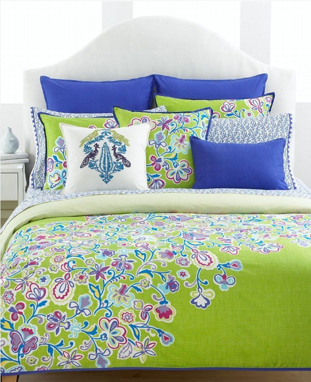 Plum and green bedding - Bedspread