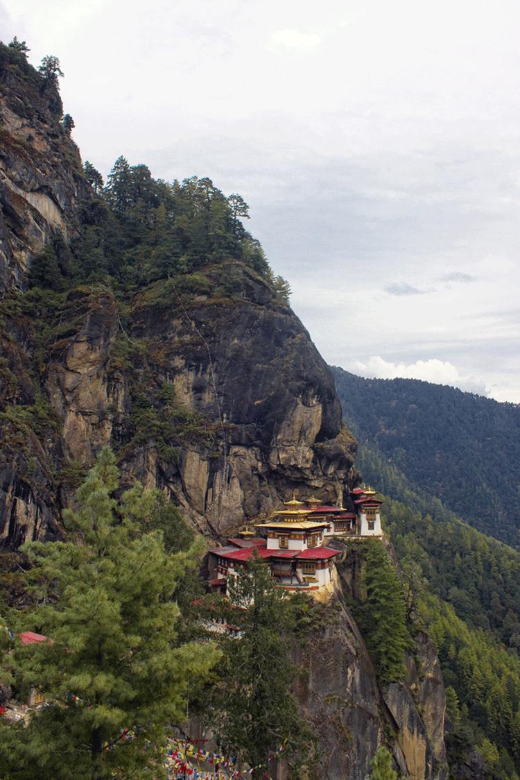 8 أماكن سياحي ة يزورها أقل عدد من الس ي اح سنوي ا Natural Landmarks The Good Place Travel