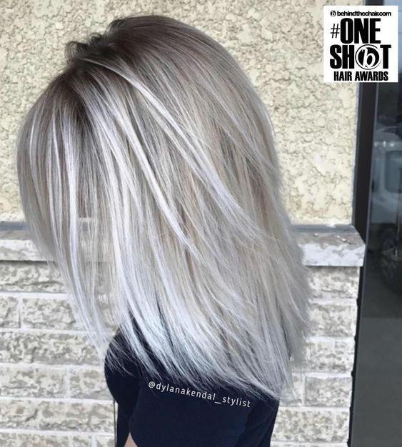 Par blond platinat