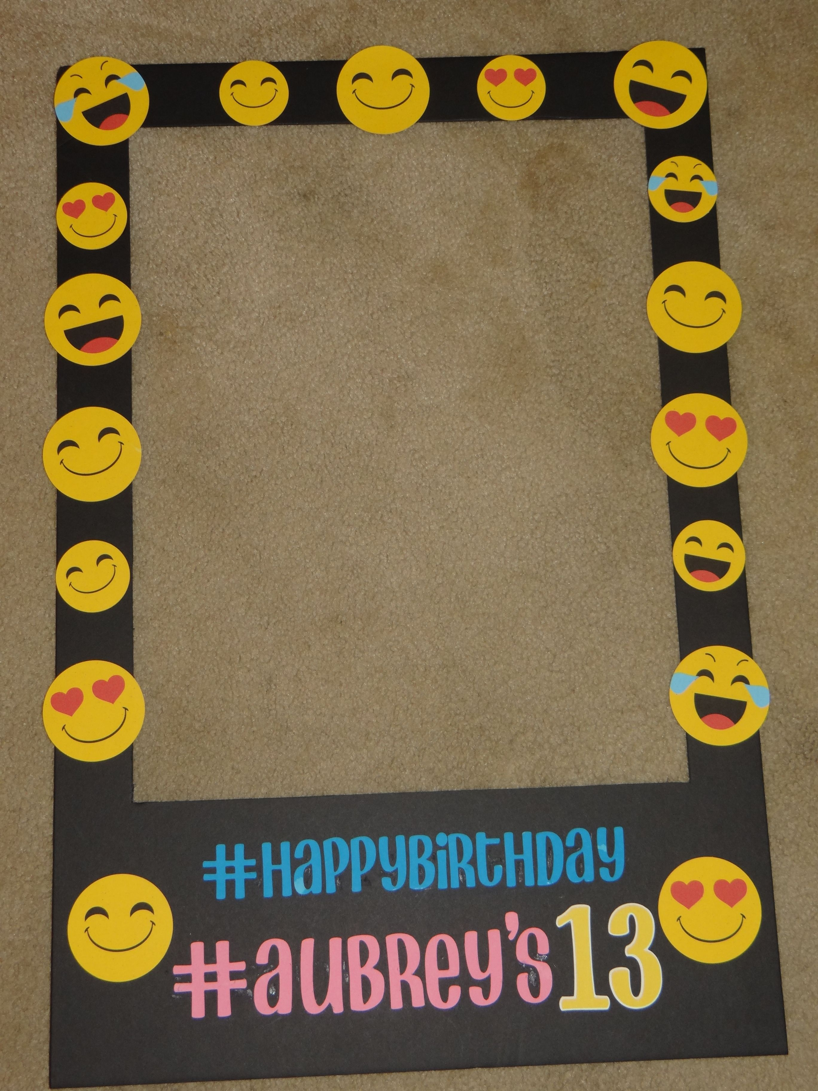 Emoji Polaroid Photo Booth Prop | 15 AVRIL | Pinterest | Cumple ...