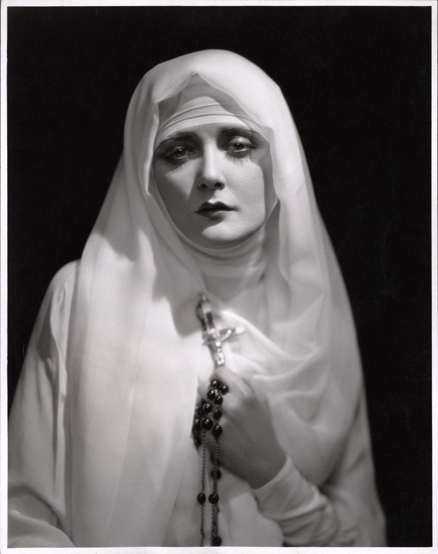 gmgallery:  Mary Nolan by Jack Freulich, c. 1929 for The Shanghai Ladywww.stores.eBay.com/GrapefruitMoonGallery