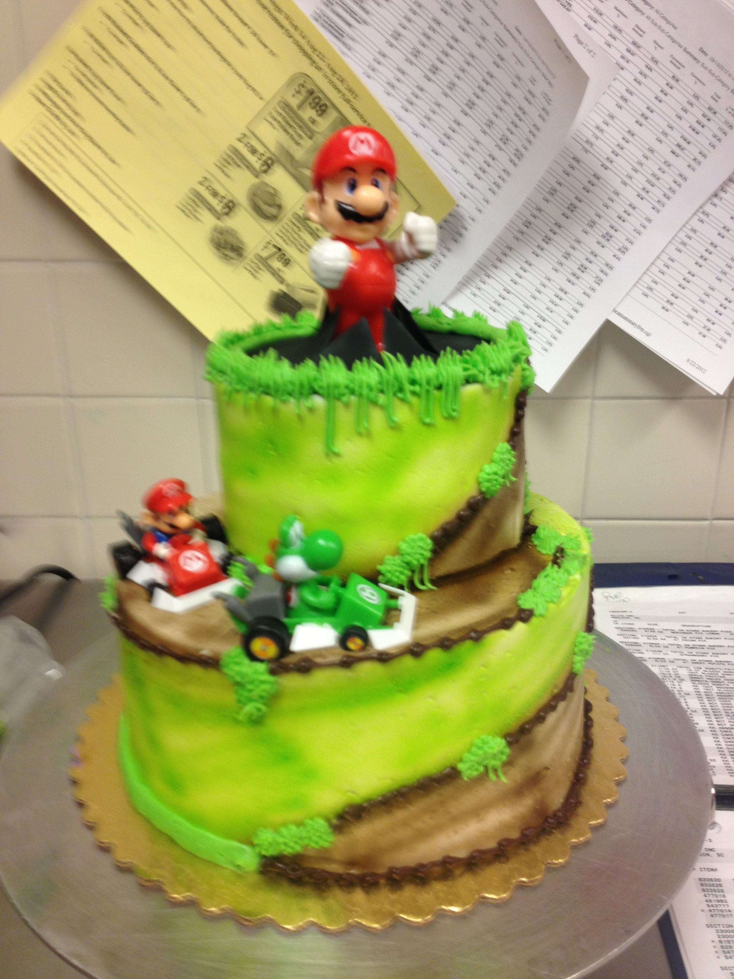Its a me mario cake desserts food