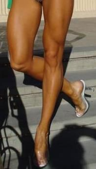 this is what your legs look like when you squat HEAVY!