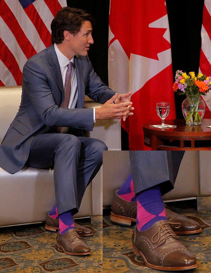 Картинки по запросу justin trudeau socks