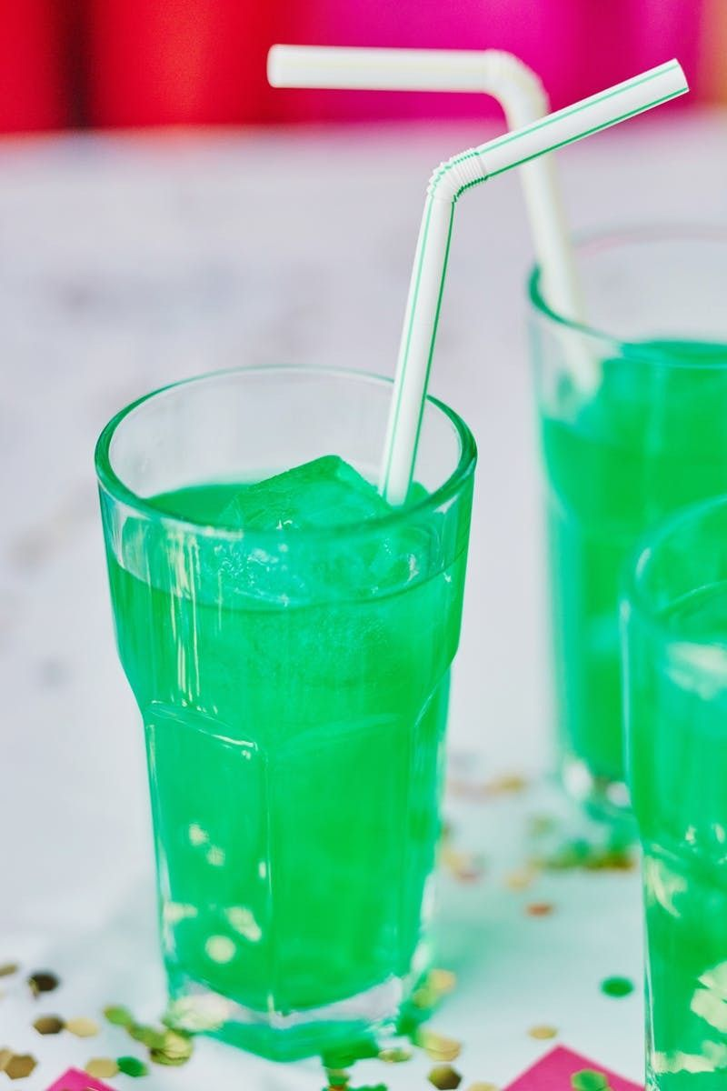 Recipe Leprechaun Lemonade Recipe Green Alcoholic Drinks Green Drink Recipes Green Drinks Alcohol
